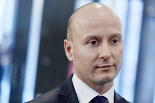 """VVD-er Mark Verheijen vertrok vanwege integriteitskwestie. Rutte: ,,Als iemand met wie ik samenwerk wordt aangevallen, blijf ik hem steunen. Tot blijkt dat degene die aanvalt gewoon gelijk heeft."""""""