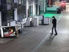 Twee tips over videobeelden granaatlegger Café Bruut, 'een goede kan voldoende zijn'
