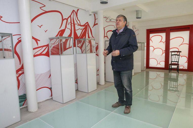Marc Noël in het stripmuseum in aanbouw aan de Augustijnenkaai.