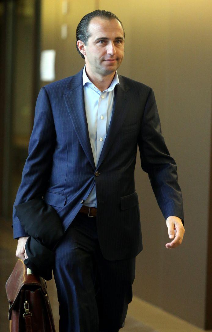 Advocaat Bert Partoens pleitte wettige zelfverdediging maar dat werd niet aanvaard. Het slachtoffer werd wel voor 50% medeaansprakelijk gesteld voor zijn schade.