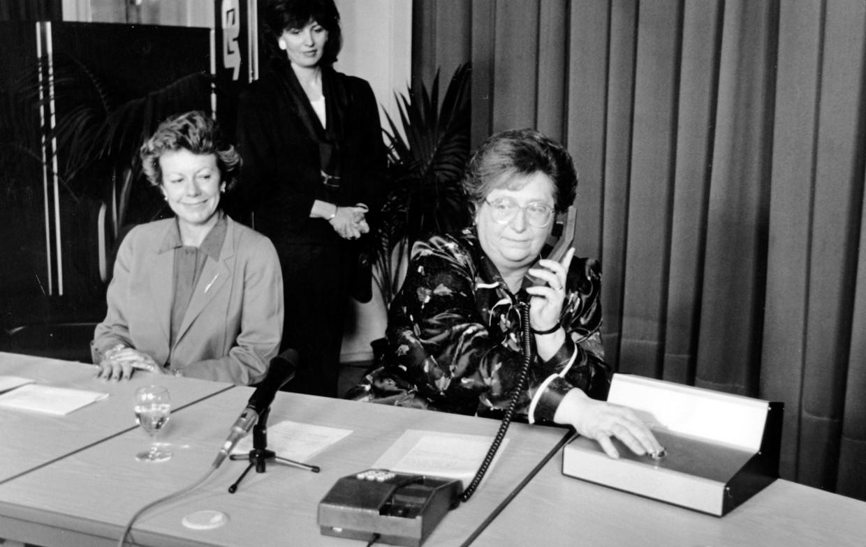 Paula D'Hondt (rechts).