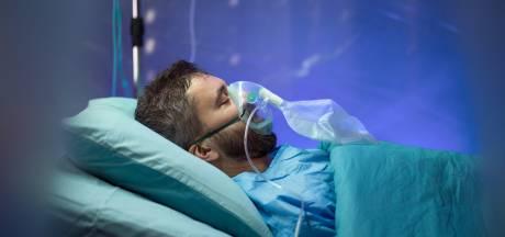 Bossche nepverpleegkundige zag tientallen patiëntendossiers in voordat hij ontslagen werd
