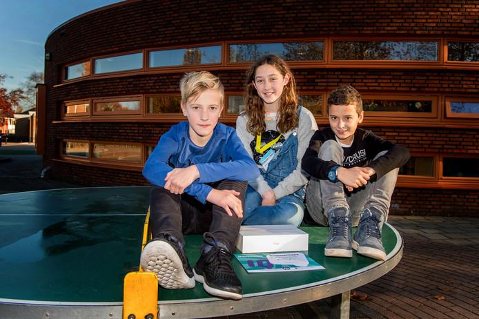 De drie slimste kids van Nederland: Mats, Lieve en Martijn (van links naar rechts).