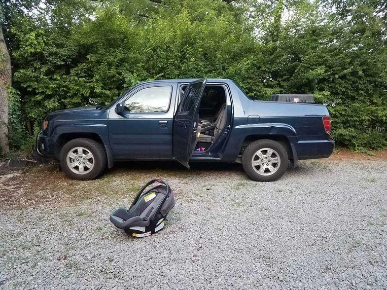 De truck waarin de baby werd gevonden.