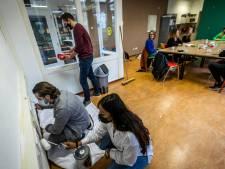 Eindhovens jongerencentrum De Mortel in de Achtse Barrier krijgt een fris kleurtje