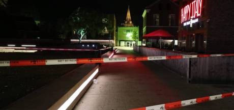 Steekpartij in Enschede: Wilminkplein hermetisch afgesloten