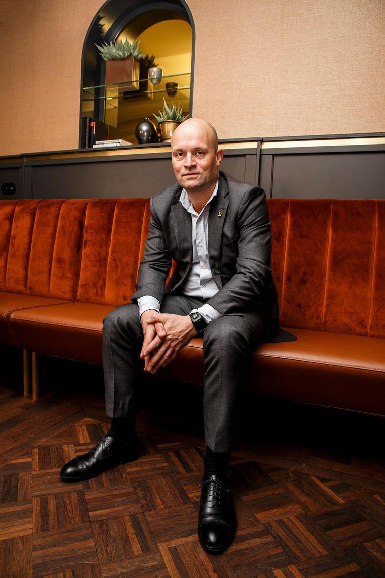 Léon Dijkstra: 'Je moet je huis schilderen als de zon schijnt' Beeld Carly Wollaert