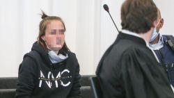 """LIVE. Beschuldigde bekent op eerste procesdag in assisenzaak rond dood van peuter Chelsea (2): """"Ik heb het wel gedaan"""""""