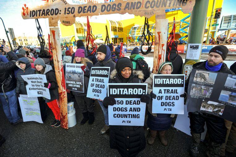 Ook dit jaar verzamelen zich weer demonstranten tegen de race.