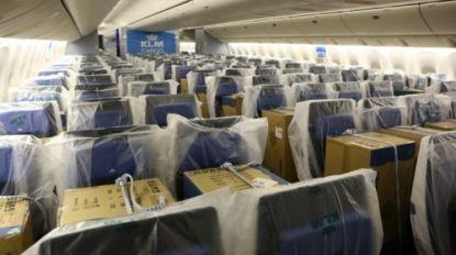 Luchtvaart experimenteert met vrachtvervoer op zetels voor passagiers