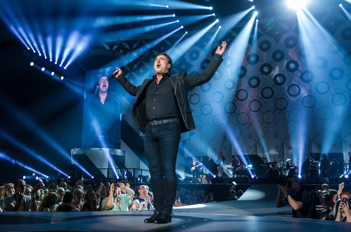 Marco Borsato & Friends treden op tijdens een concert in de Ziggo Dome.