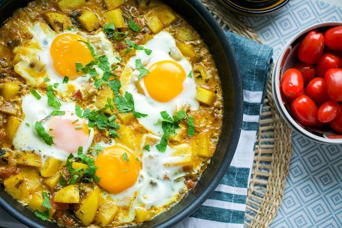 Eenpansgerecht met ei en aardappel