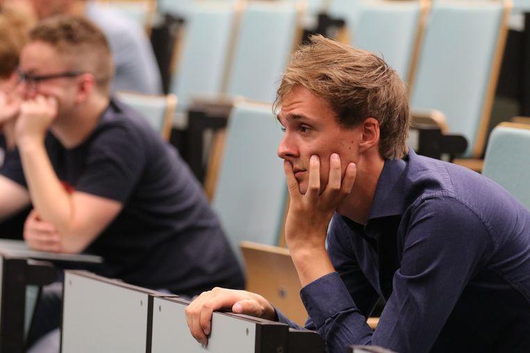 Laurens Hernalsteen is gespecialiseerd in Artificiële Intelligentie.