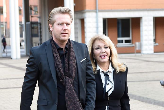 Patricia Paay en haar man Robbert Hinfelaar.