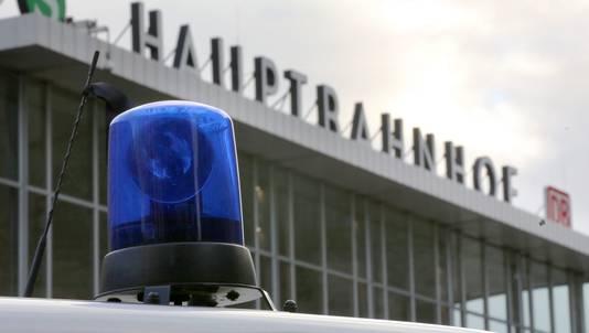 Politie aanwezig op het stationsplein