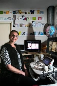 Laila Donkers uit Son kijkt al 25 jaar in de buik
