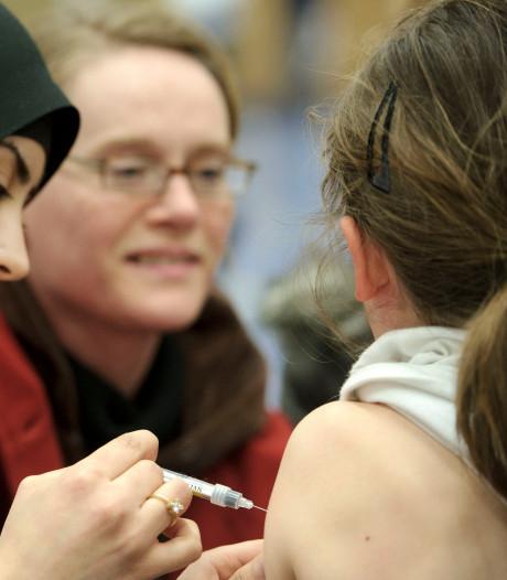 Alle 14- tot 18-jarigen krijgen oproep voor prik tegen dodelijke bacterie
