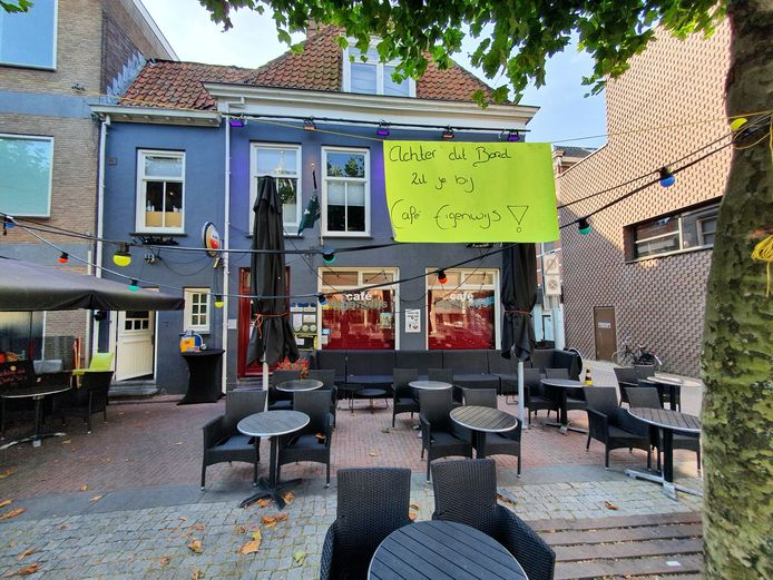 Cafe dat gesloten is door Veiligheidsregio