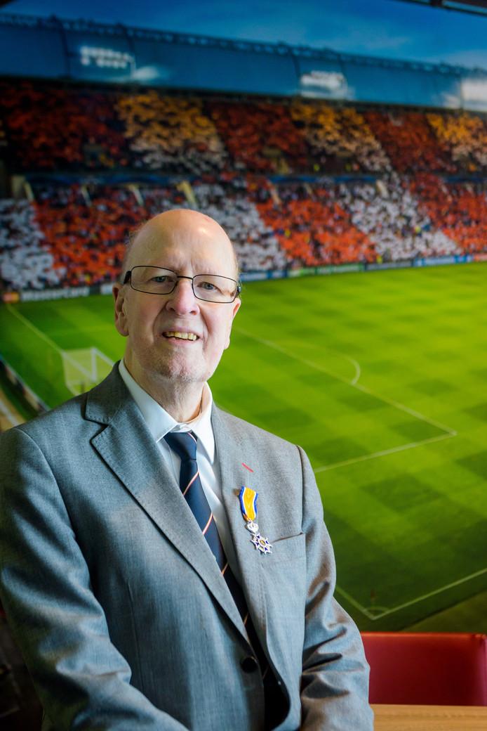 PSV-vrijwilliger Cees van Merode is overleden. De jeugdopleiding van PSV verliest daarmee een icoon.