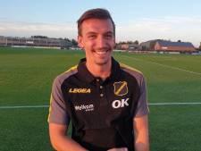 NAC-aanwinst Rutten is blij om weer in Nederland te zijn: 'Als een grote club als NAC belt, voel je je gevleid'