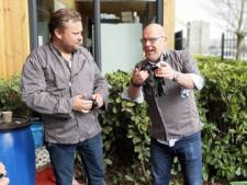 BN'ers bakken samen met het Pannenkoeken Paradijs Haarlem pannenkoeken voor ouderen