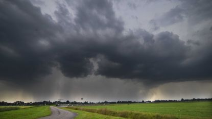 Morgen code oranje: KMI waarschuwt voor rukwinden tot 105 km/u; mogelijk drukke ochtendspits