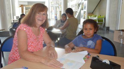 Eerste boekenkaftdag in De Plomblom is succes