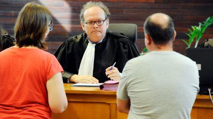 Rechters delen 109 alcoholsloten uit in één dag