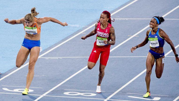 Dafne Schippers (L) wordt vijfde op de 100 meter. Beeld anp