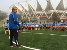 Trainer Bert Zuurman helpt mensen overal ter wereld verder, niet alleen op het voetbalveld