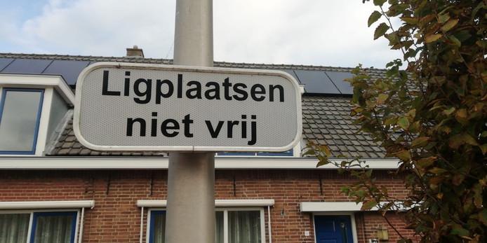 Toeristen mogen nu niet aanmeren in Meerkerk.