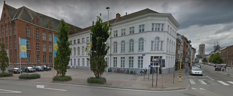 Het Hoogstratenplein in Mechelen.