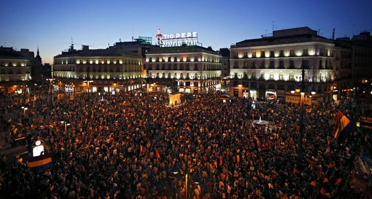 Tienduizenden demonstranten in Madrid Beeld reuters