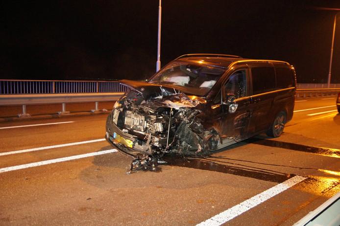 Eén van de betrokken auto's bij het ongeluk.