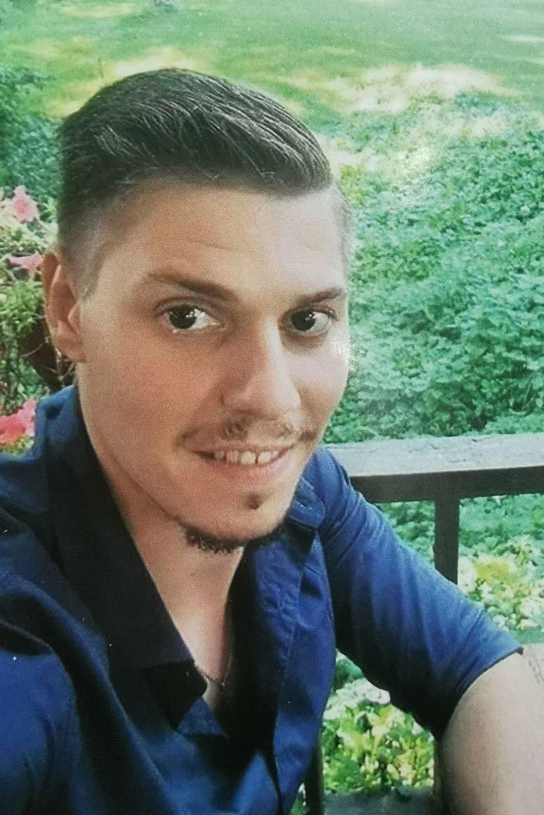 Dinsdag werd afscheid genomen van één van de dodelijke slachtoffers van de kettingbotsing: Giovani Marian Mosiu.