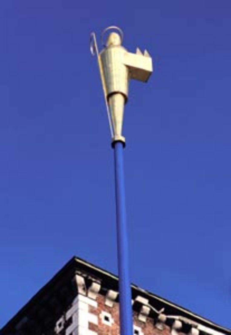 Het gestileerde Trudobeeld op 18 meter hoogte.