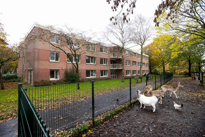 Het leegstaande Huize Nijevelt in De Meern krijgt nieuwe bewoners.