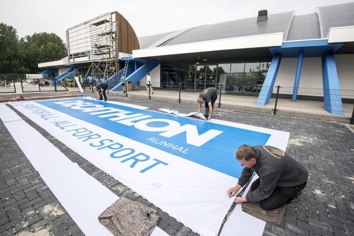 Sportwinkel Decathlon Rijnhal in Arnhem. Foto Gerard Burgers