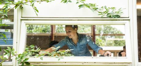 Ruim vier op de tien scholen in Arnhem luchten met ramen en deuren open
