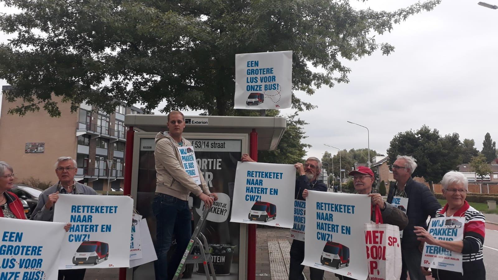 Bewoners van de Aldenhof in actie voor uitbreiding buslijn 4.
