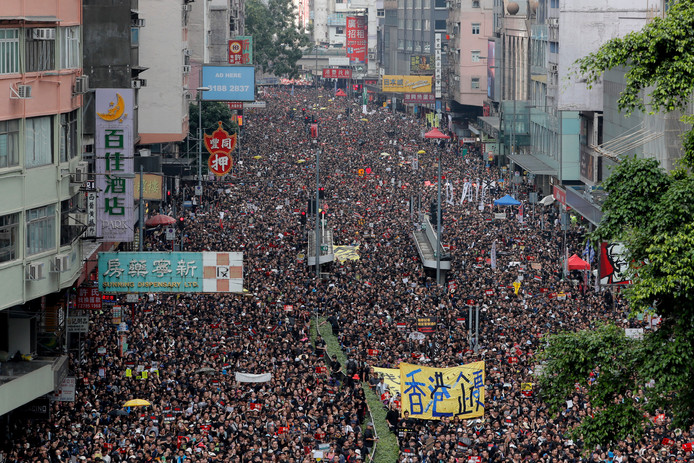 Zondag gingen in Hongkong 2 miljoen demonstranten de straat op.