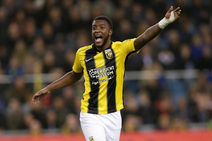 Riechedly Bazoer is in genade aangenomen bij Vitesse.  Na zijn rentree in de bekerwedstrijd tegen De Graafschap volgt nu een basisplaats tegen FC Emmen.   © Getty Images