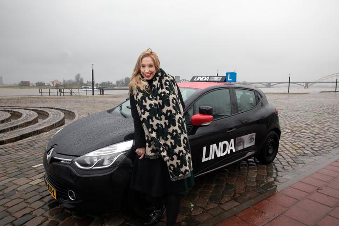 Linda van autorijschool Linda heeft problemen met Linda. Nijmegen, 14-12-2017 .