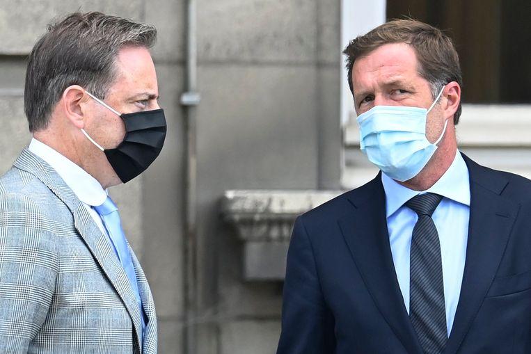 Bart De Wever (N-VA) en Paul Magnette (PS) werden zaterdag bij de koning verwacht. Die verlengde hun opdracht om een regering te vormen tot 17 augustus.