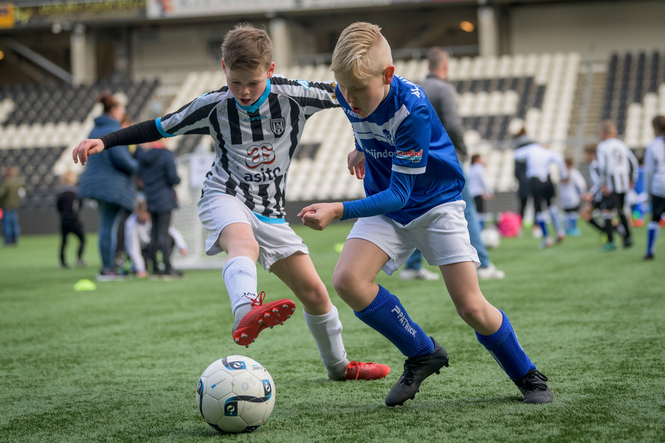 Heracles Almelo organiseert de eerste editie van de Herakids Cup, een nieuw 4 tegen 4 voetbaltoernooi voor kinderen tussen de 5 en 12 jaar oud.