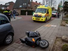 Fietser gewond bij aanrijding met scooter in Dieren; bestuurder mee naar politiebureau