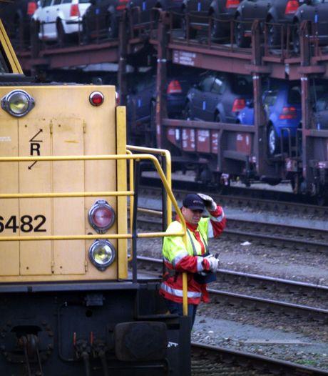 Opnieuw storing bij Havenspoorlijn, file van treinen naar de Maasvlakte