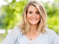 Mirna (27) uit Zwolle verdient vliegtickets terug bij radiospel