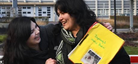 Waar is Melis? Ouders verliezen baby uit het oog tijdens de evacuatie van het rivierengebied