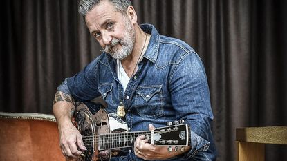 Ron De Rauw brengt soloplaat uit na dood bevriende muzikanten